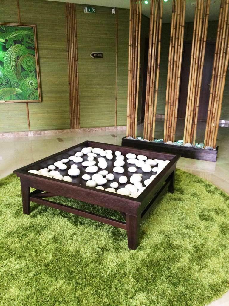 Деревянный стол в Сочи