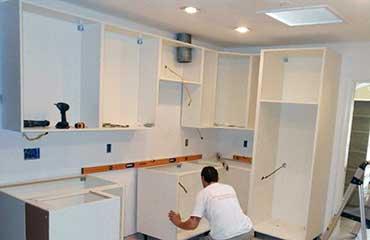 установка кухни в Сочи