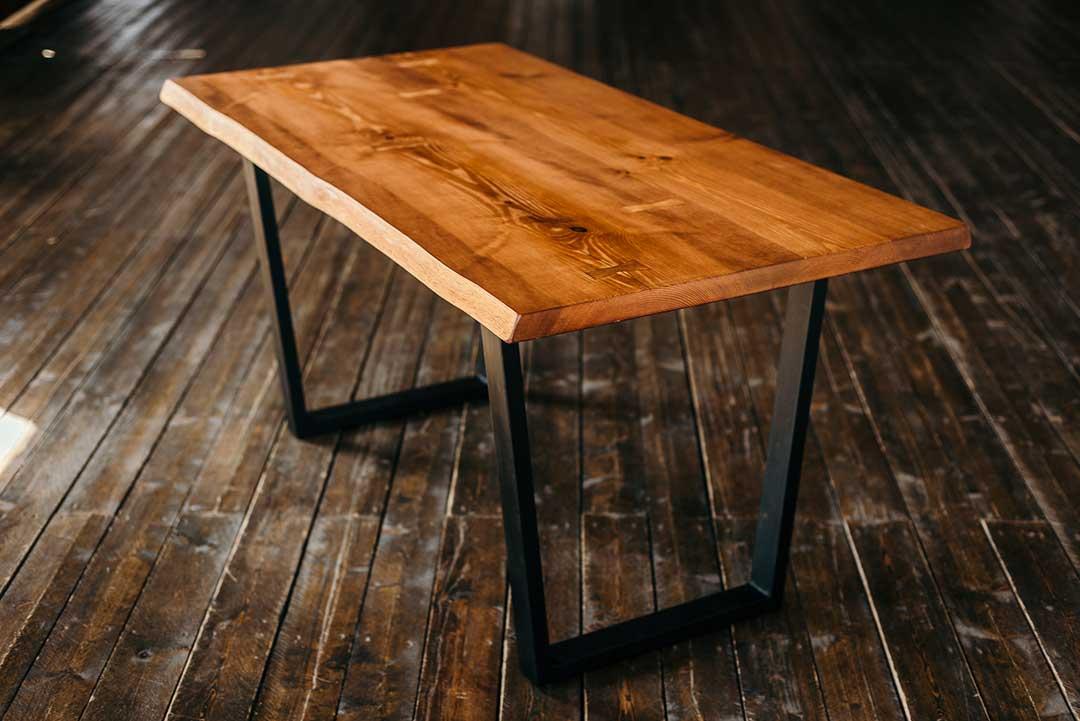 стол из массива лофт